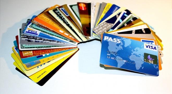 6 cosas que debes evaluar al elegir una tarjeta de crédito
