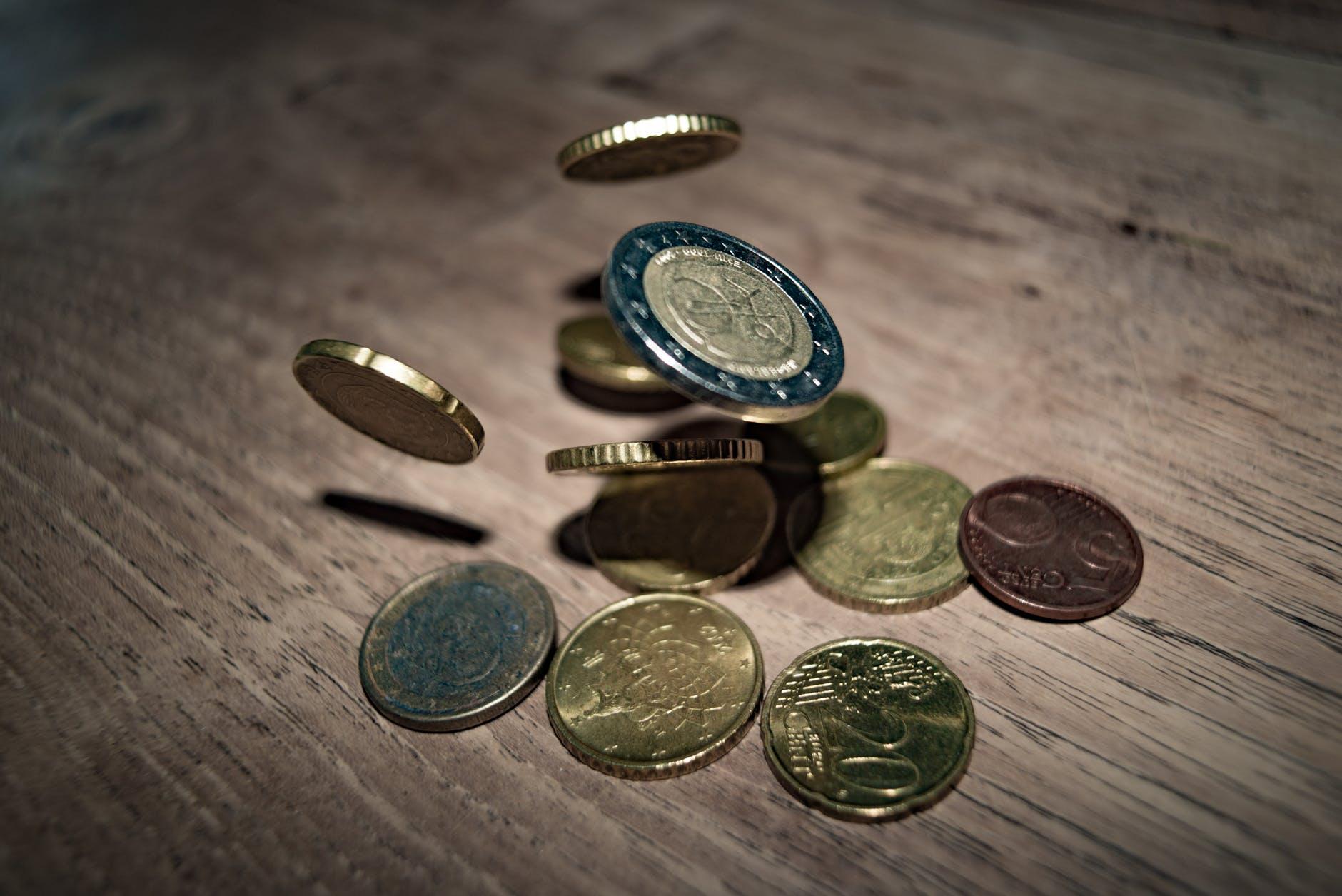 Esperan baja en tasas de interés interbancario