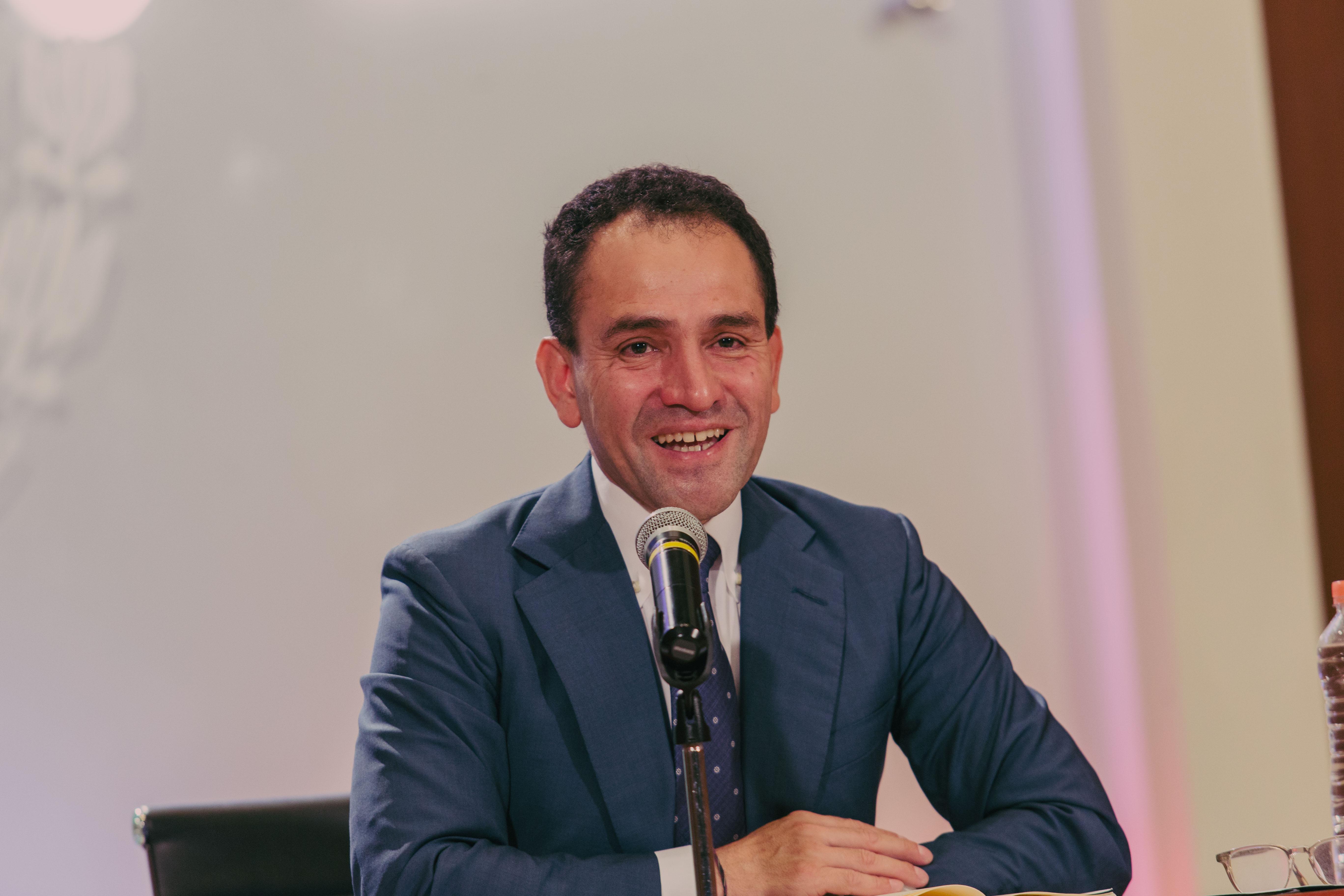 Secretario de Hacienda considera aumento en la edad de retiro