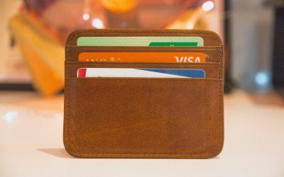 ¿Qué debería pagar con mi tarjeta de crédito y qué no?